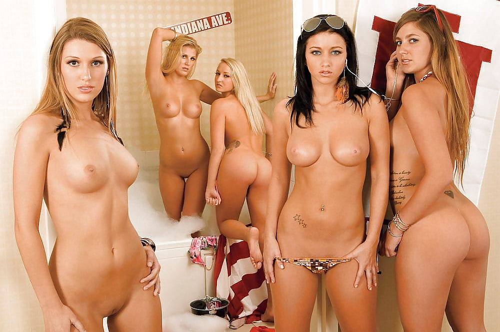 extra-class-naked-co-eds-videos