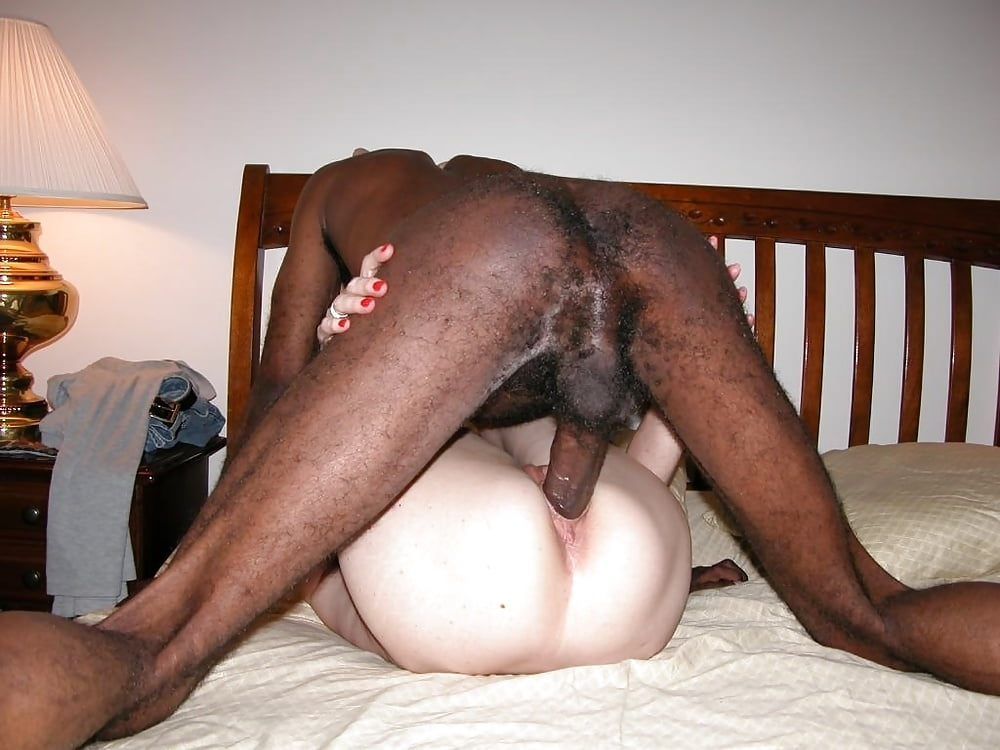 Real Amateur Shows Off His Huge White Phallus