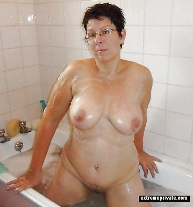 Spy On Mother Inlaw Naked