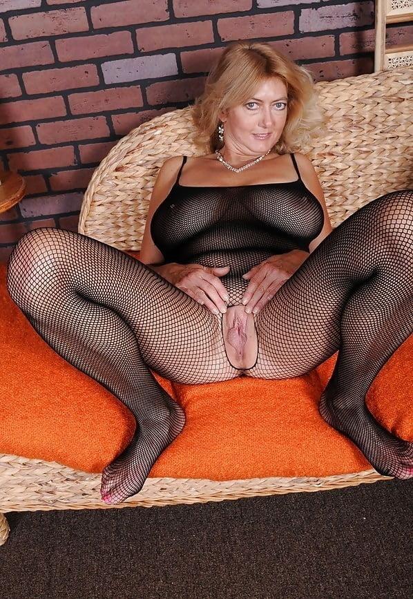 Pantyhose bodystocking porn pics 3