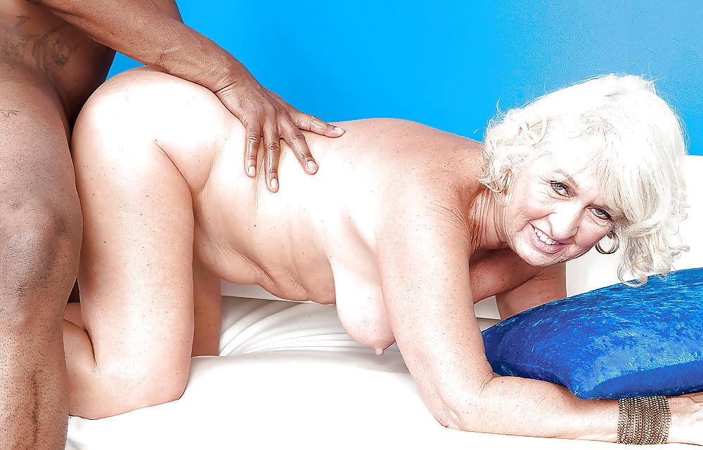 ебут женщин за шестьдесят лет смотреть используется