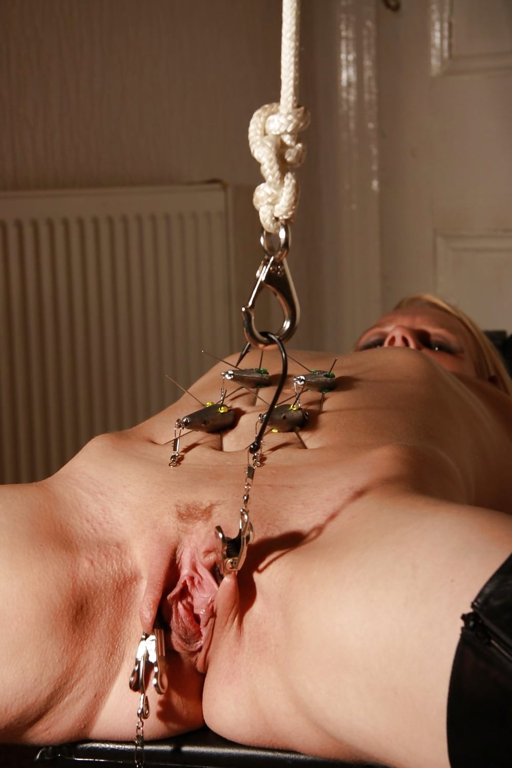 pee-electric-torture-clit-tied