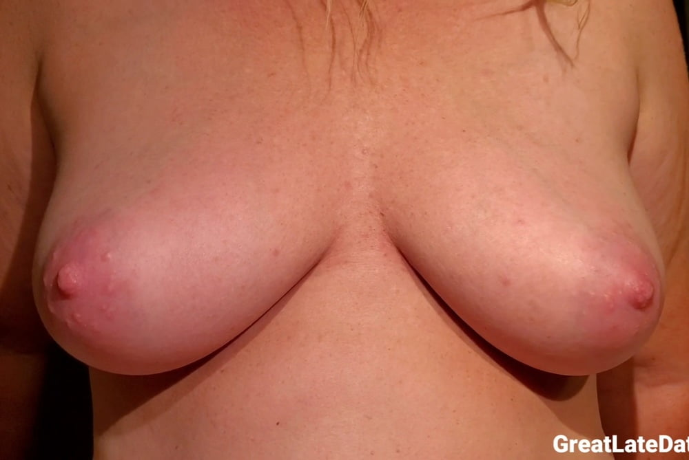 Heather pussy lips tits and nips