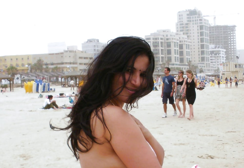 Firmly Beach of dubai porn pic