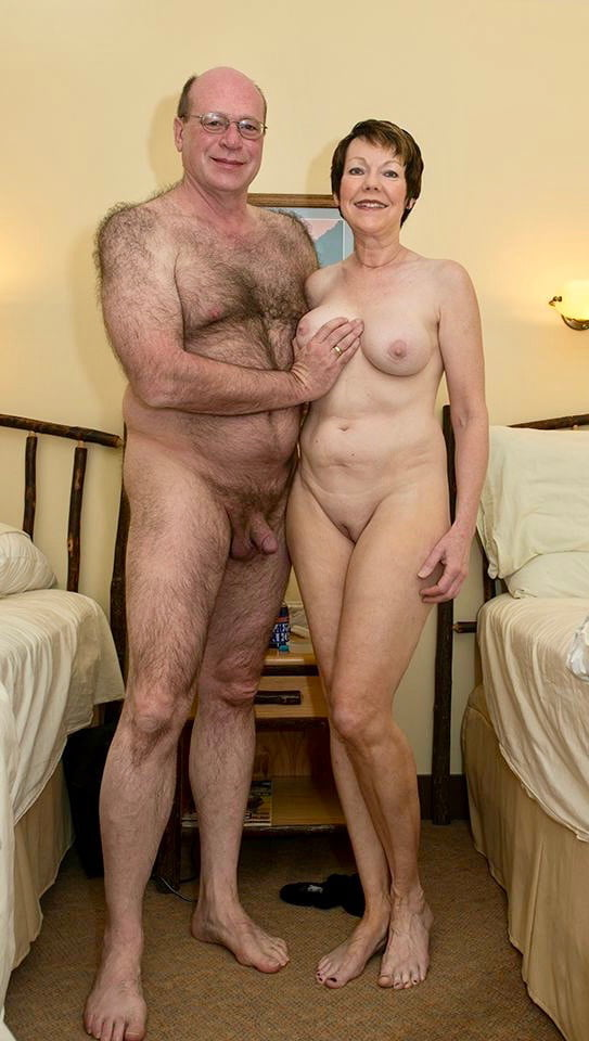 Pics of naked old couples — photo 4