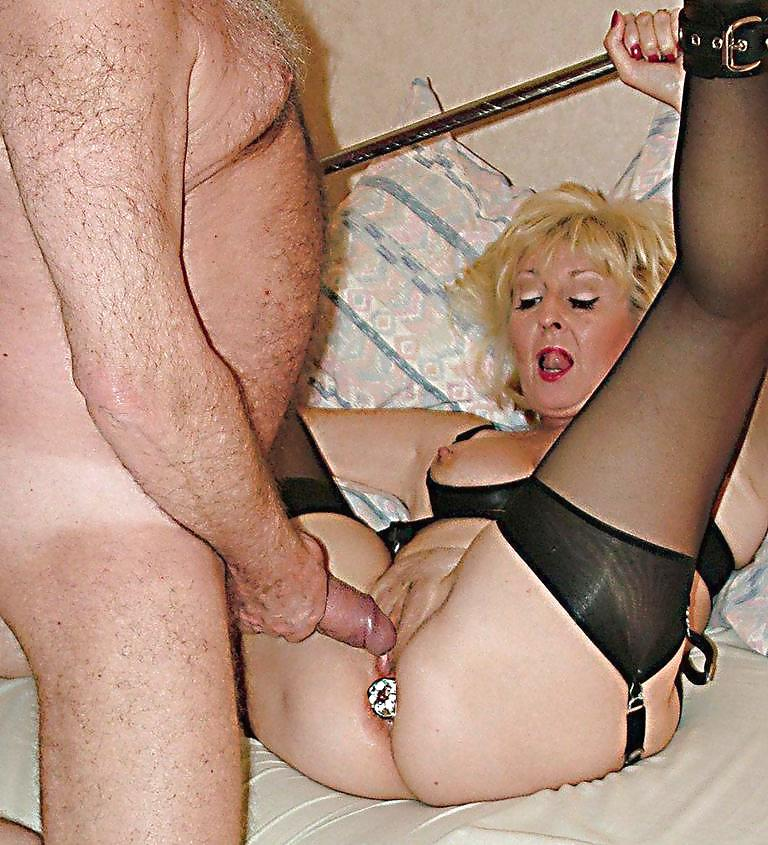 British Amateur Wife Dogging