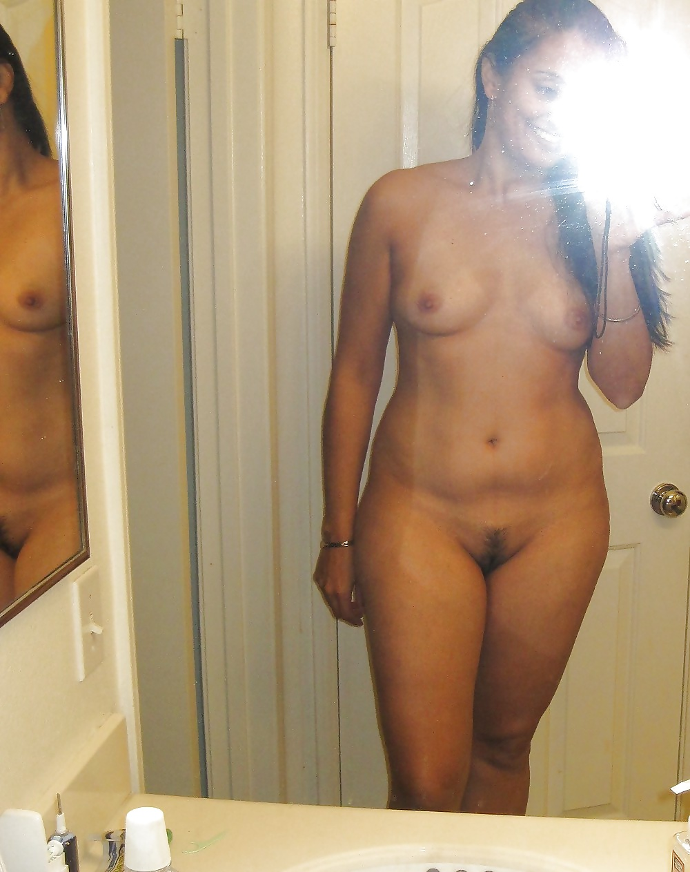 young-indian-nude-self-shot