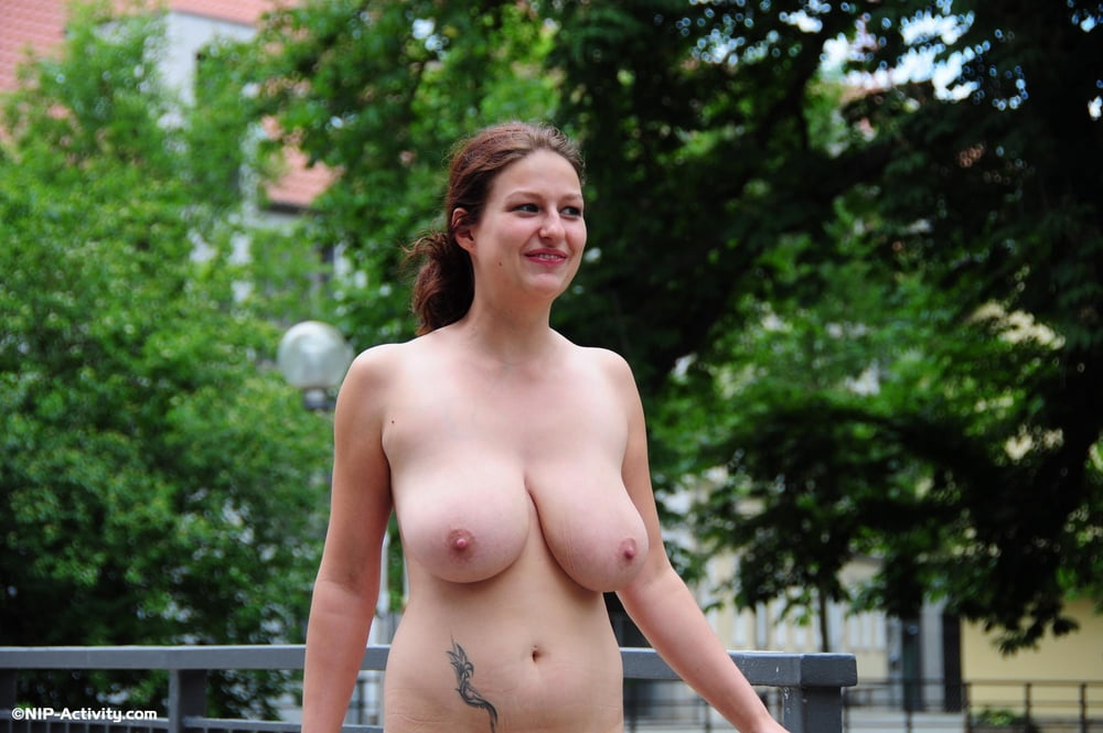 Nackt durch erfurt