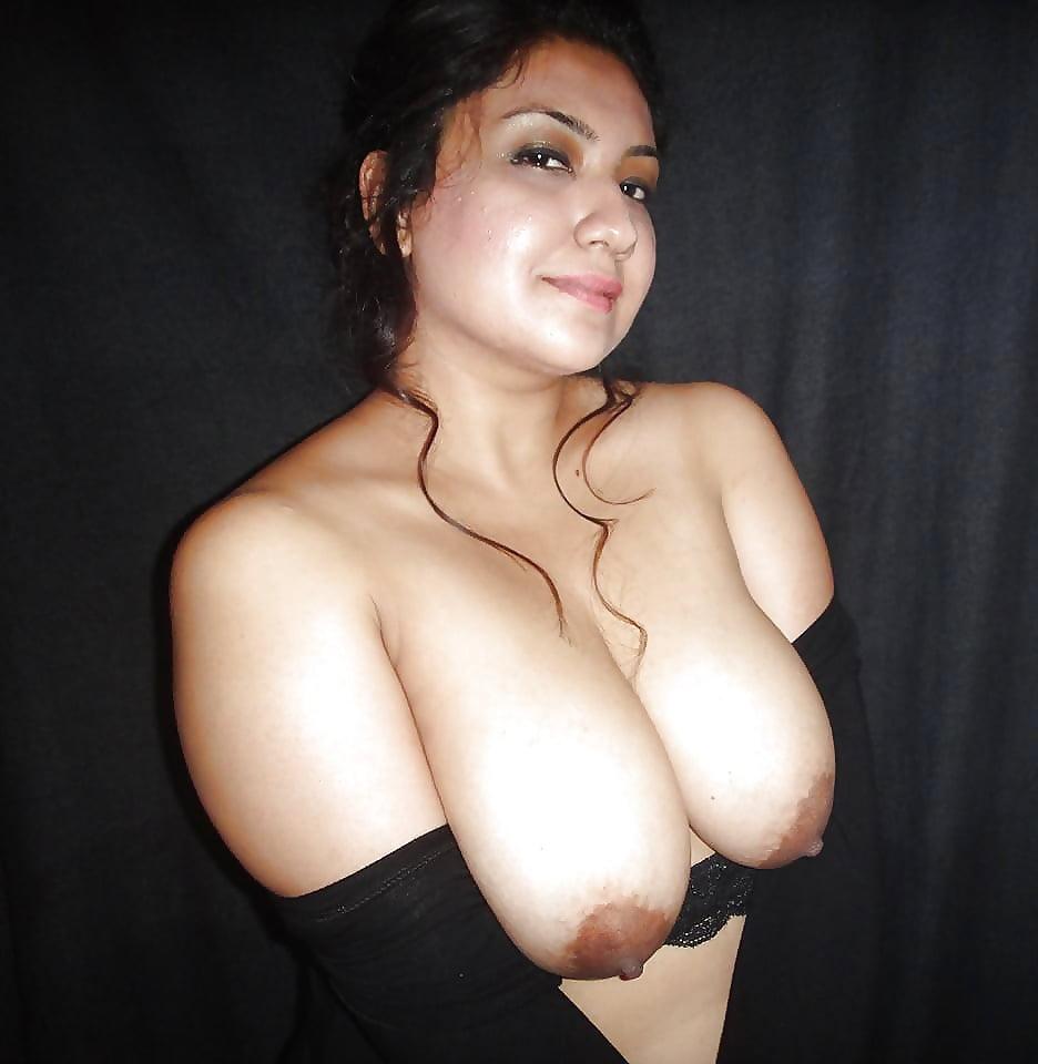 Big tit arabian women nude 3