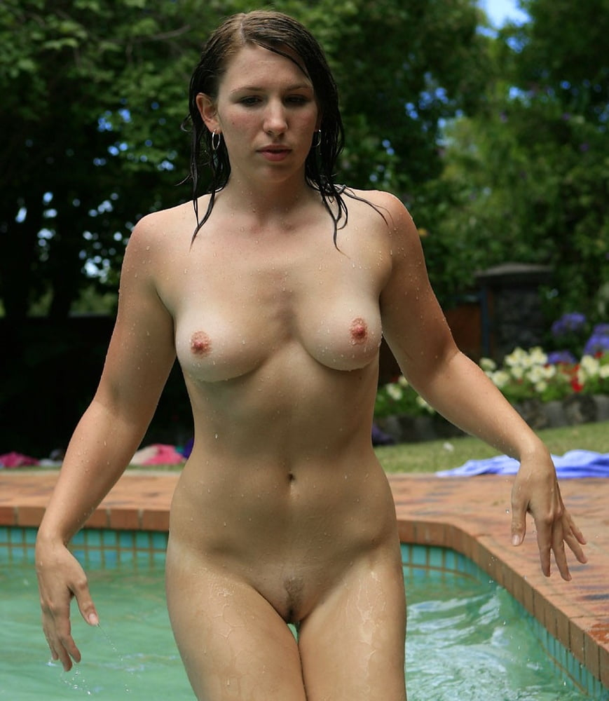 Porn wallpapers absolutely naked sexy brunette swimming pool