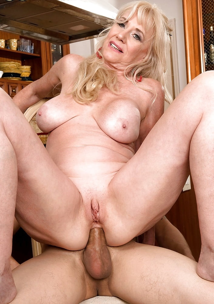 Grilz free imagexxx female masturbation