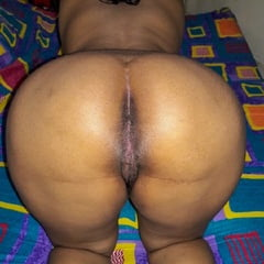 Sri Lankan Horny Wife On Bed