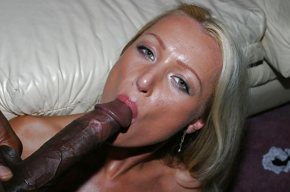 Amateur Blonde Sucks Big Cock