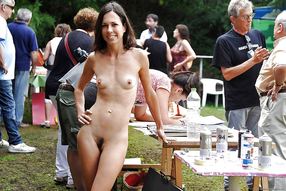 Girl stripping outside nude — 8