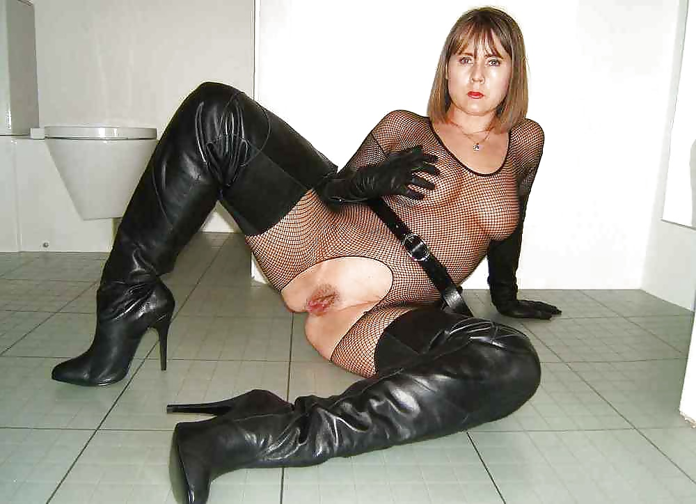 Sexy long boots wearing only naked mature ladies