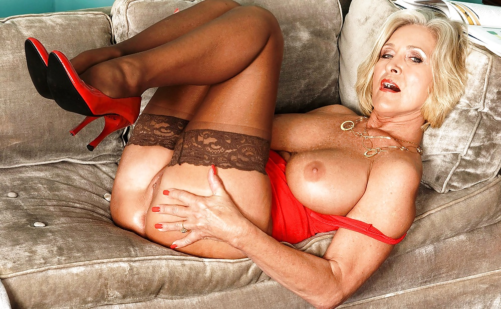 young-sexy-mature-sexy-mature-something-woman-xxx-downhill