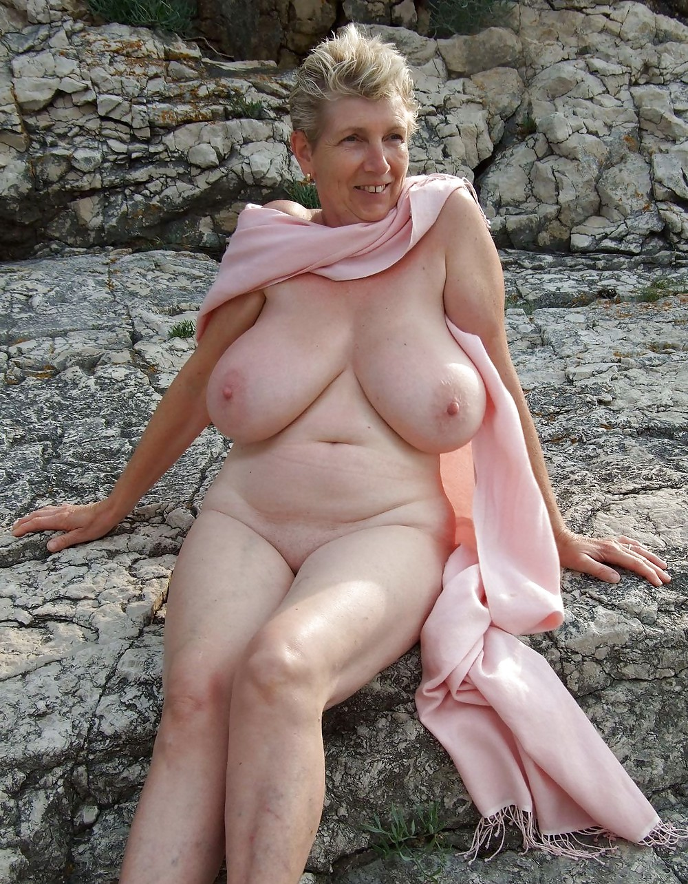 Big tit grannies naked, old grunny piss v kontakte