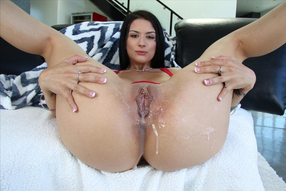 Free Milk Pour Porn Pics