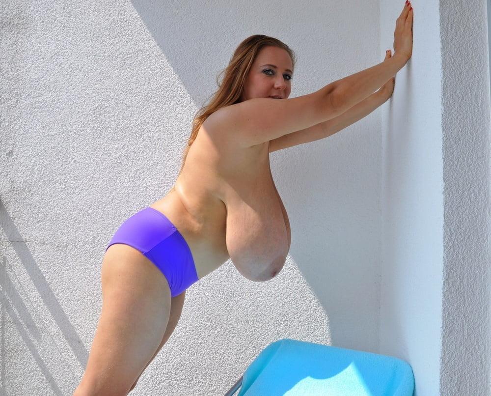Big Boobs Masturbation Pics With Sapphire