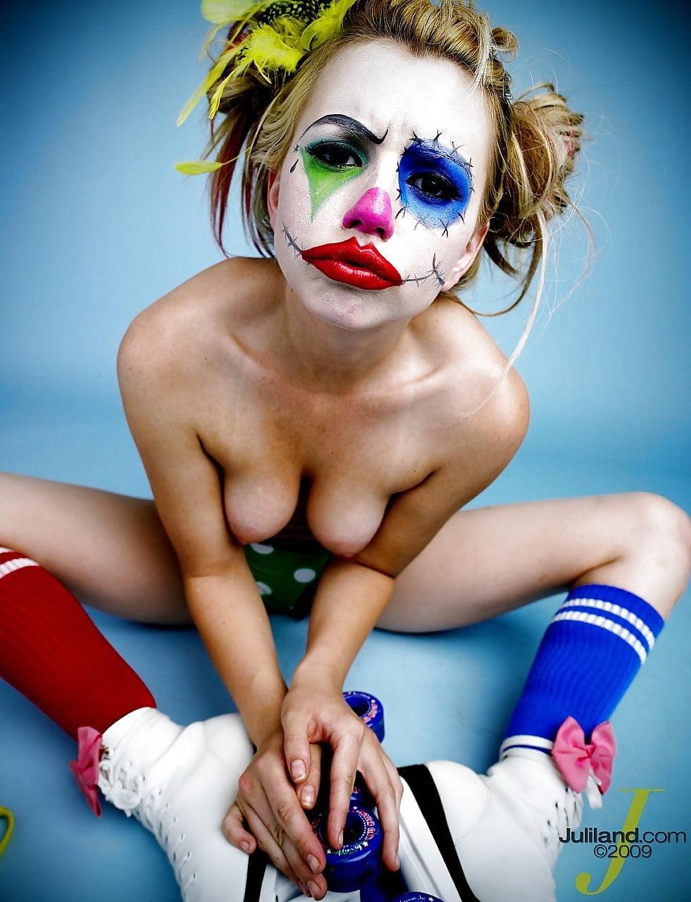 Clown girl nude pics — pic 13
