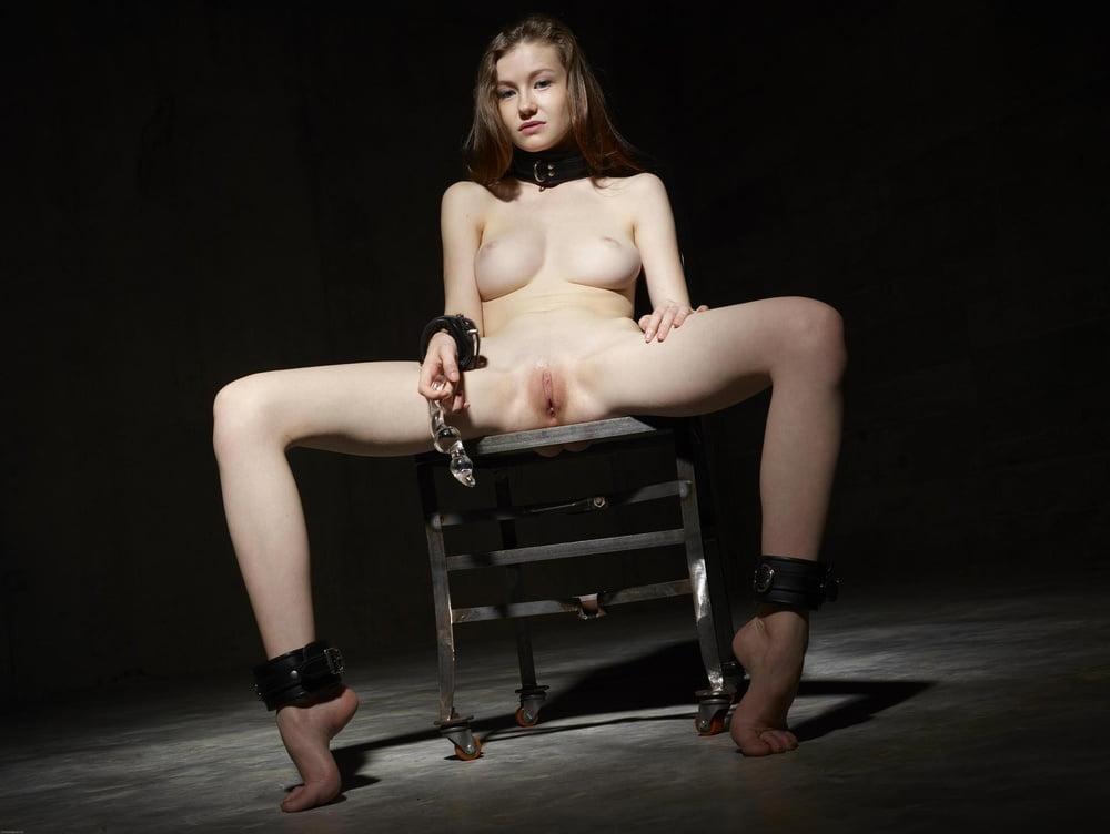 Emily Blunt Celebrity Nudes