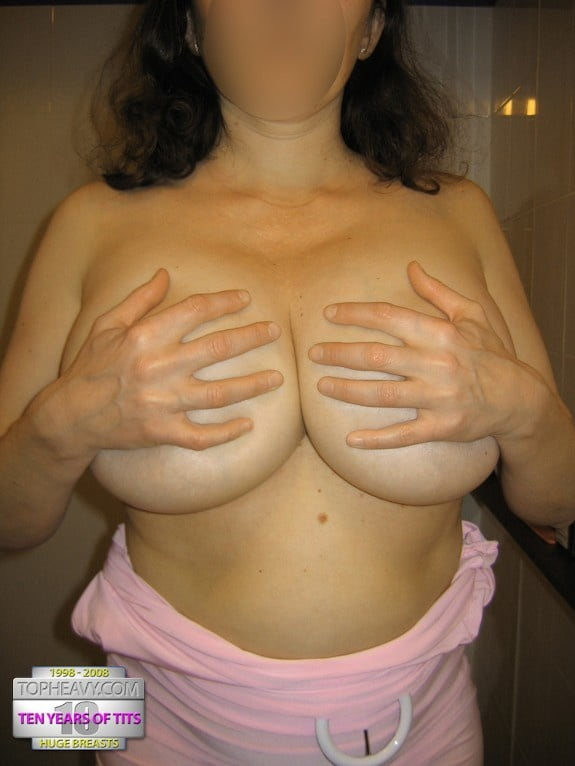 Skinny girl with huge natural tits-2985