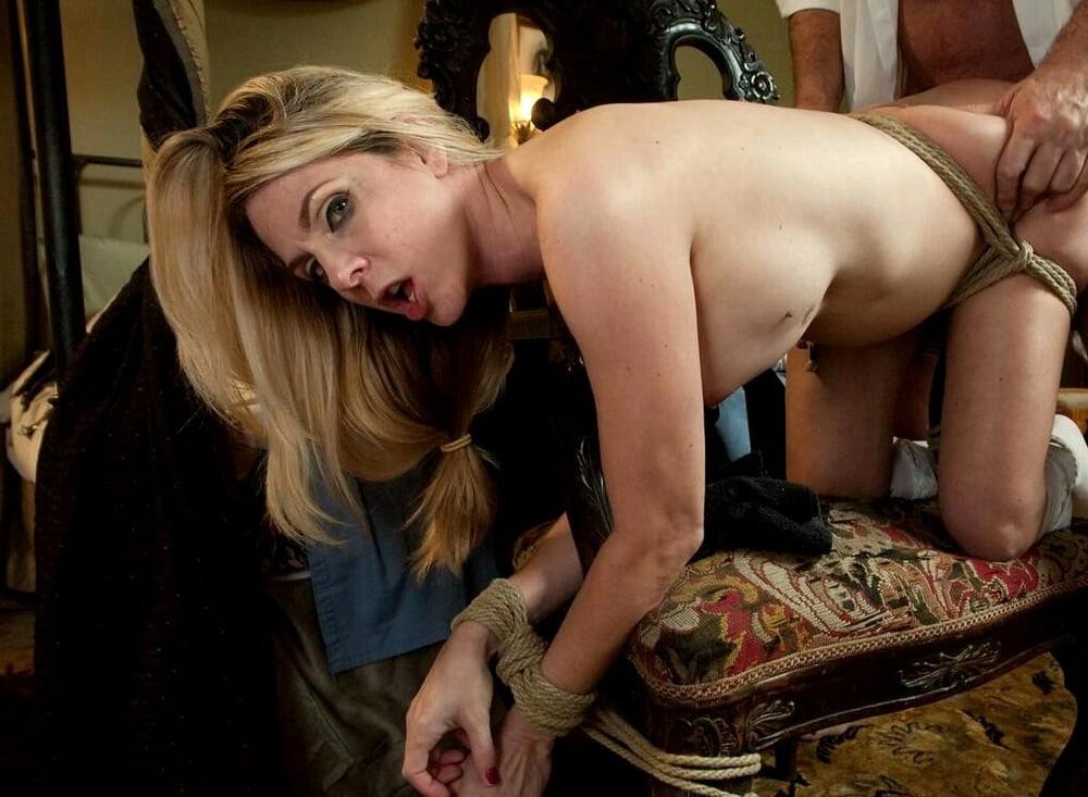 Молодежь порно секс с домработницей бдсм платье