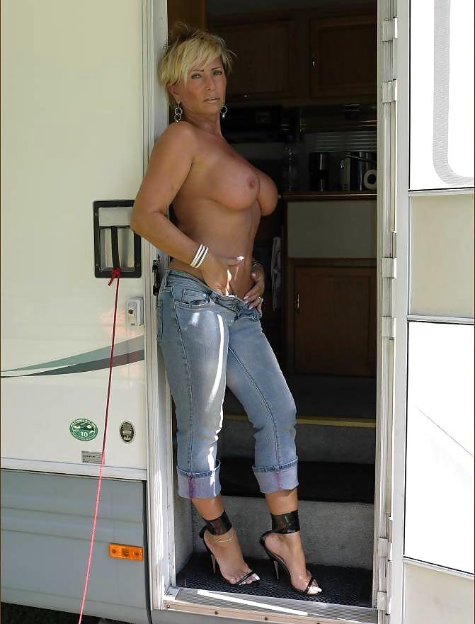 Mature jeans pics — pic 1