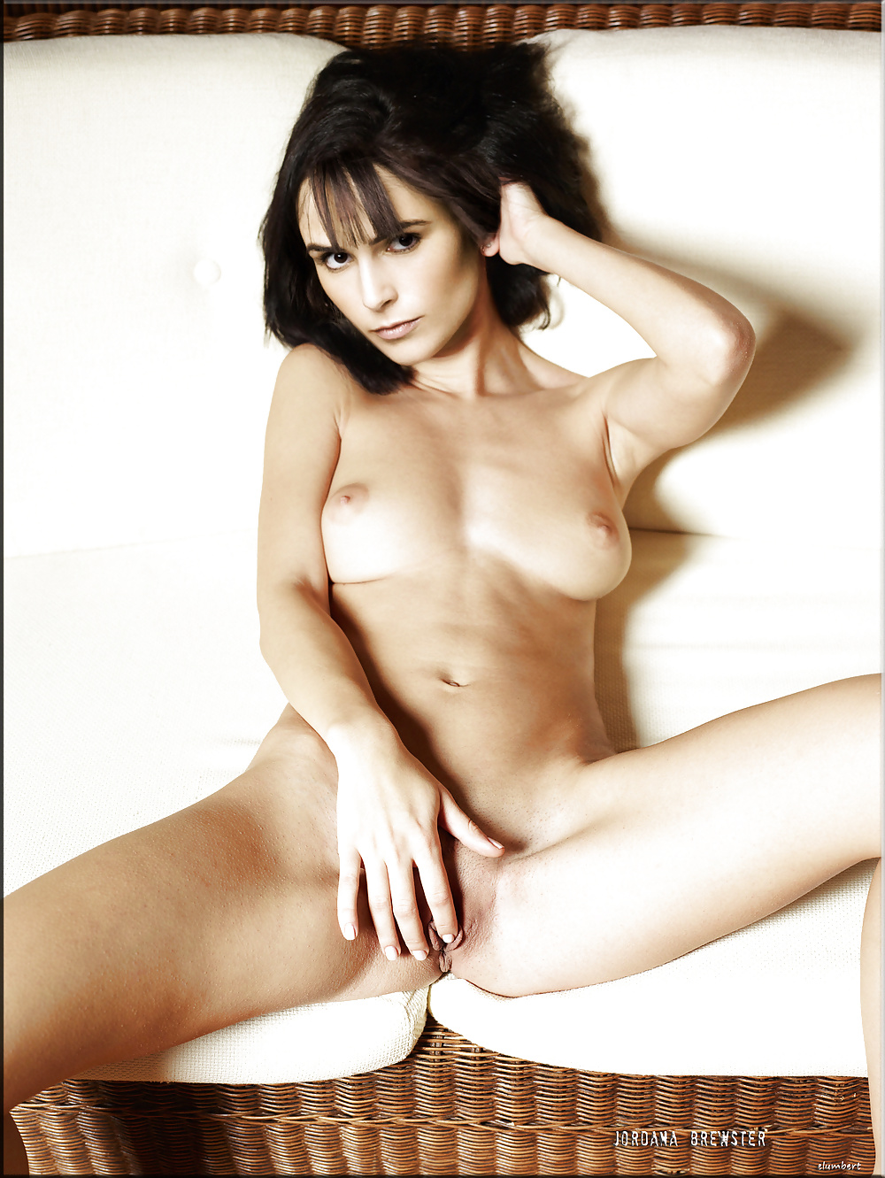 jordana-brewster-nude-pictures-naked-babes-youtube