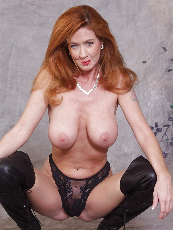 beauty-mature-redhead