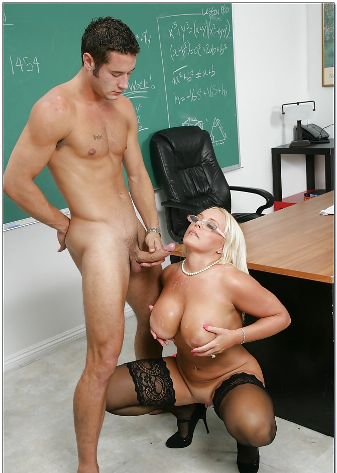 sexual-mature-busty-teacher-hairless-clit-uncle