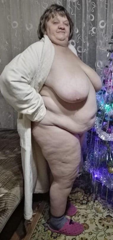 Russian bbw granny Elena - 12 Pics