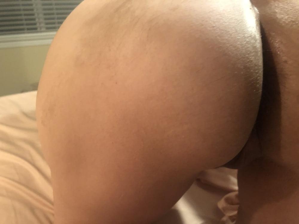 Sweet wife feeling naughty- 10 Pics