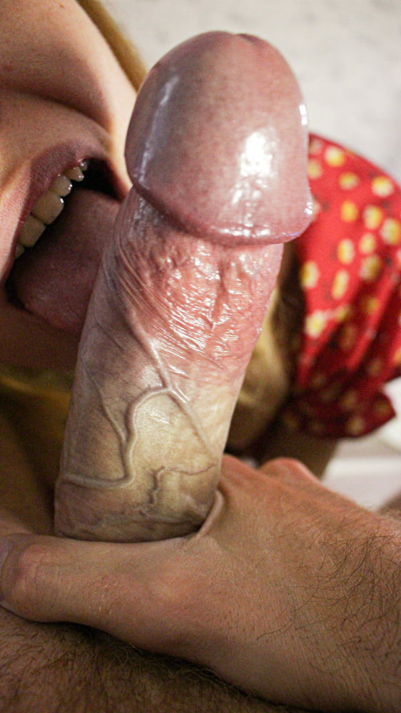 Our Home Stream - while she communicates with other men - 16 Pics