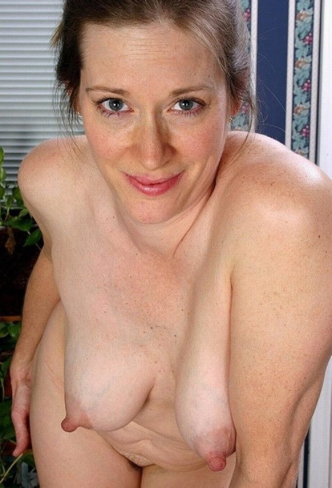 Big natural small boobs and floppy tits