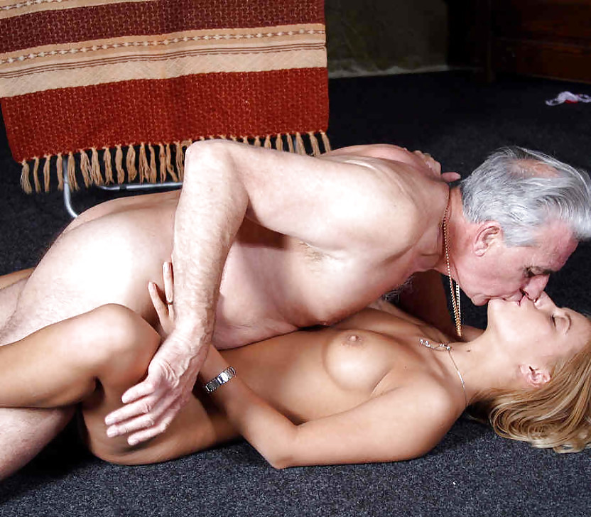 erotic-sex-with-older-men-antarvasana-sex-hindi-movies
