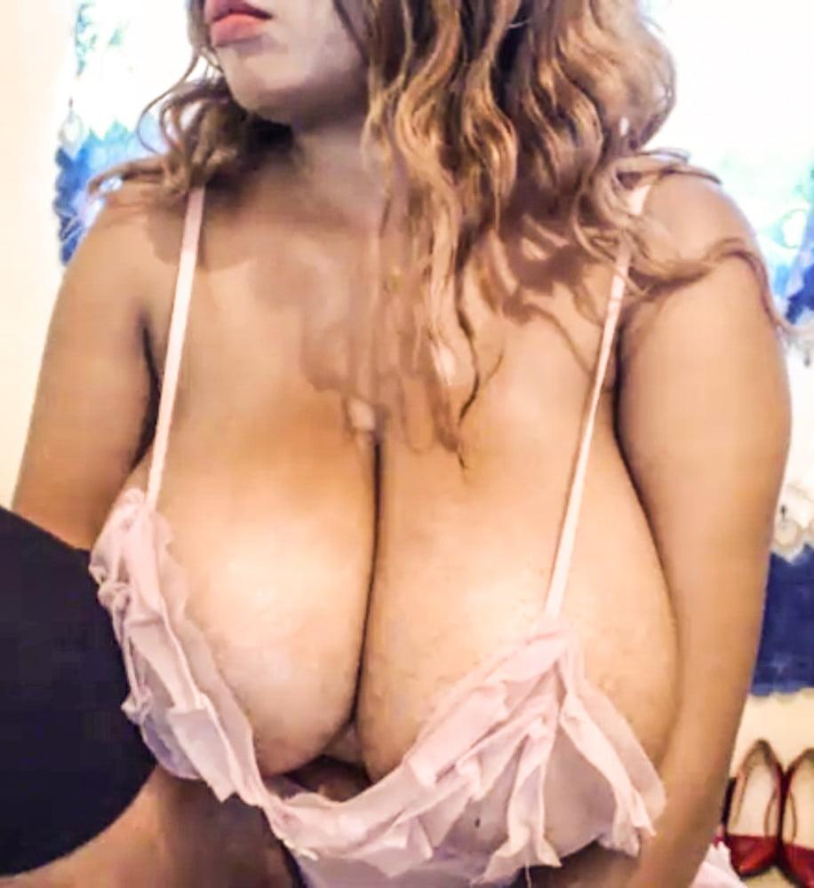 Black women boobs-1178