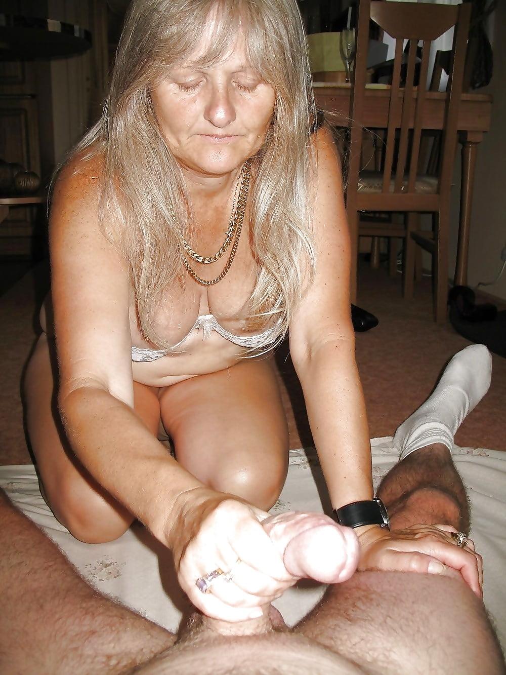 Handjob blowjob granny