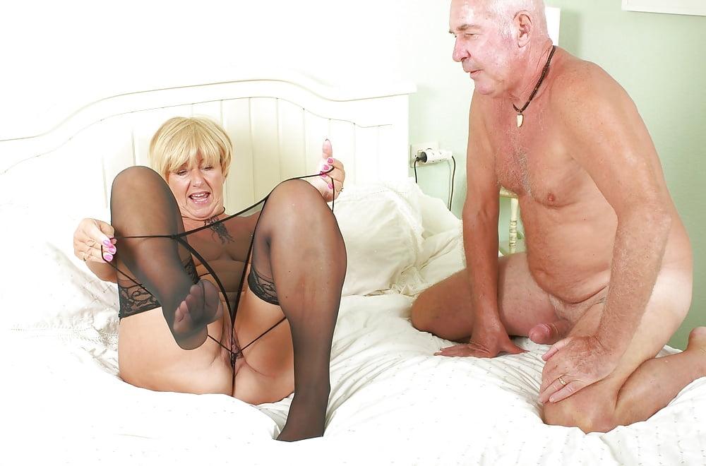 granny-couples-porn