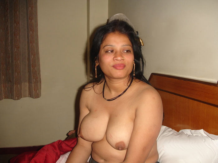 delhi-nude-escorts-men-sex-picture