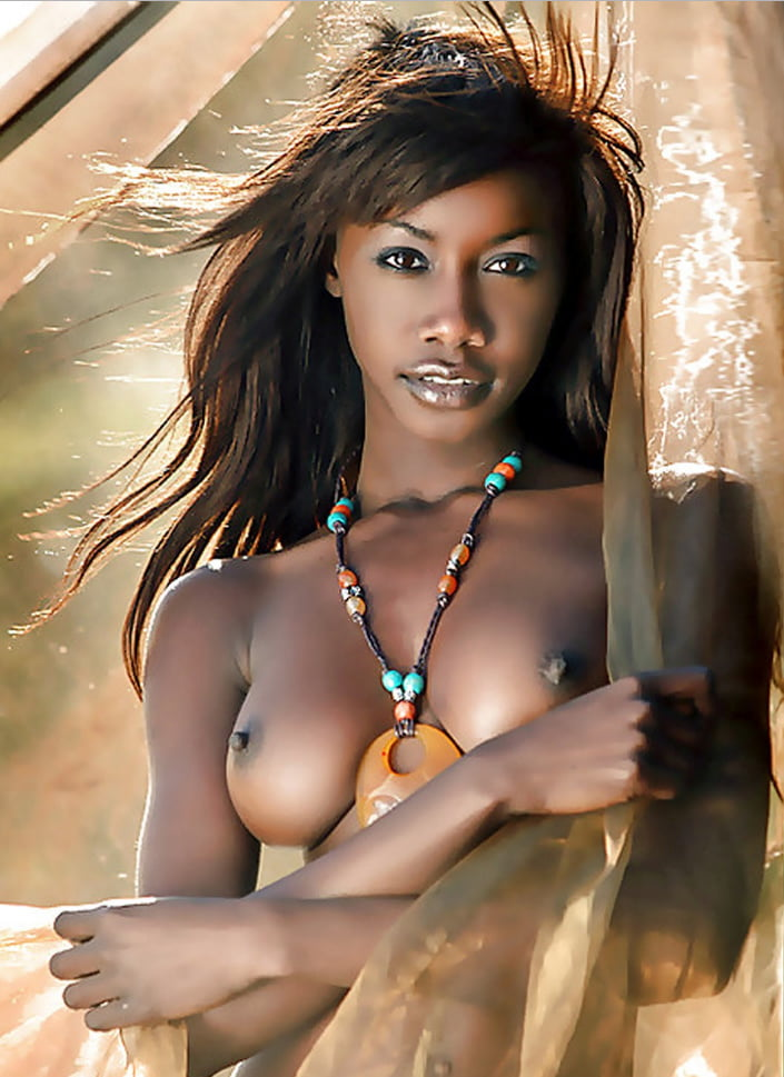 nude-dark-women-savanna-sams-porn-gif