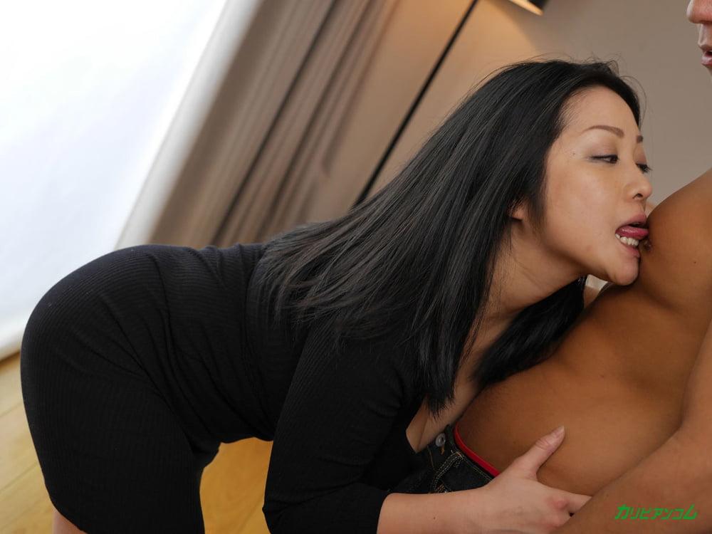 Minako Komukai :: Sweet Real Sex - CARIBBEANCOM - 21 Pics