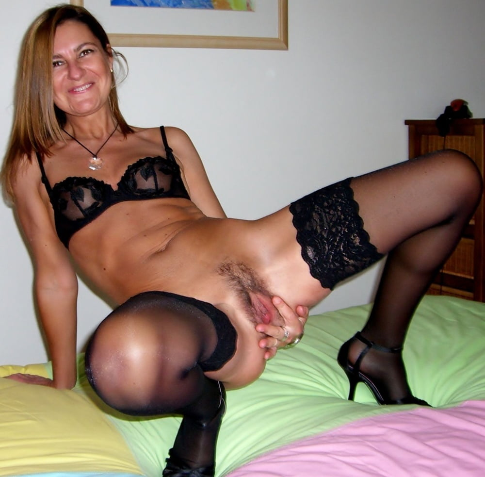 lesbian anal hot