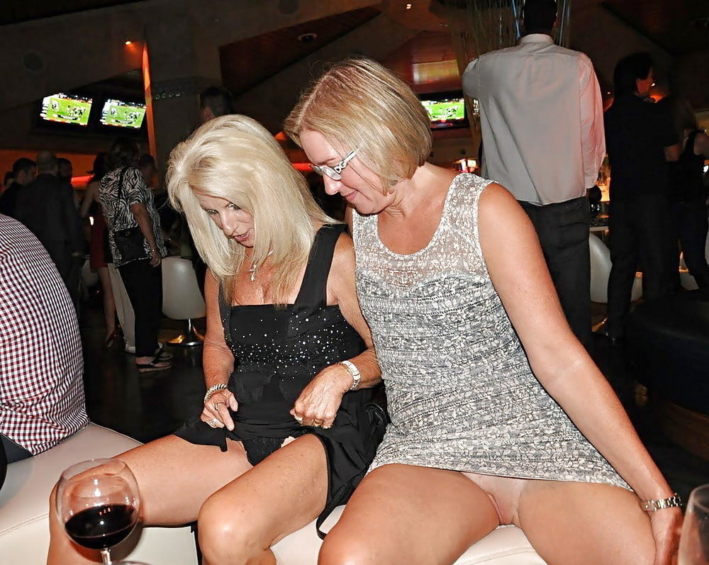 Upskirt party HD porn search