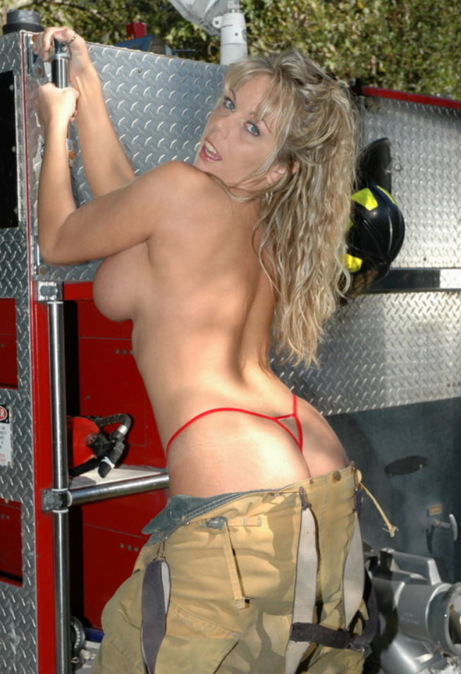 Hot female firefighters naked — photo 15