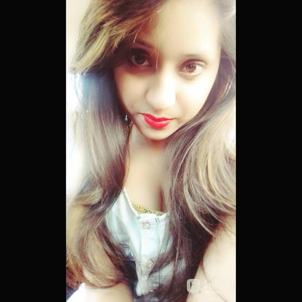 Indian girls sexy boobs photos-5556