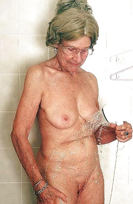 Nude very old women penelope spectra sex