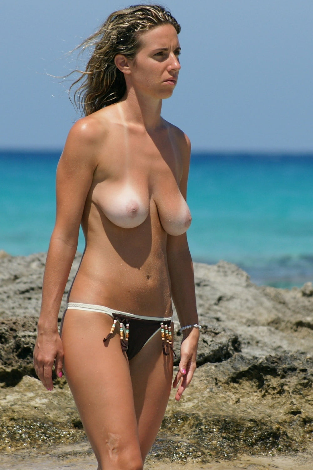 Floppy Saggy Puffy Nipples Beach 25 - 14 Imgs - Xhamstercom-2642