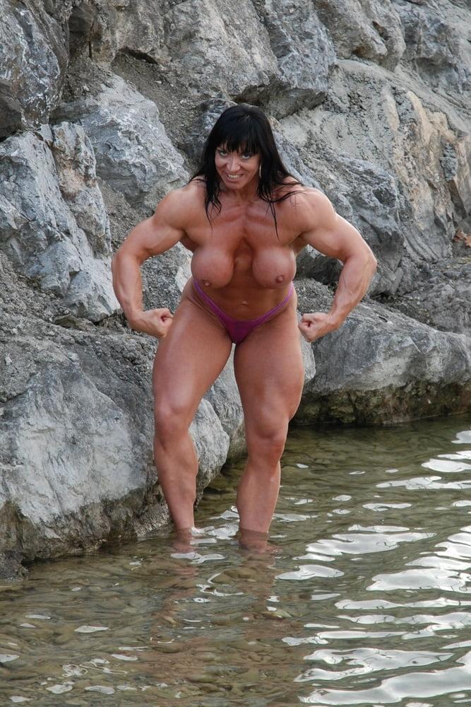 Jana linke sippl nude shower