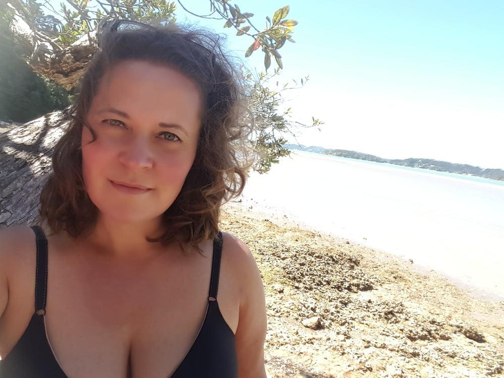 Nude natural selfie